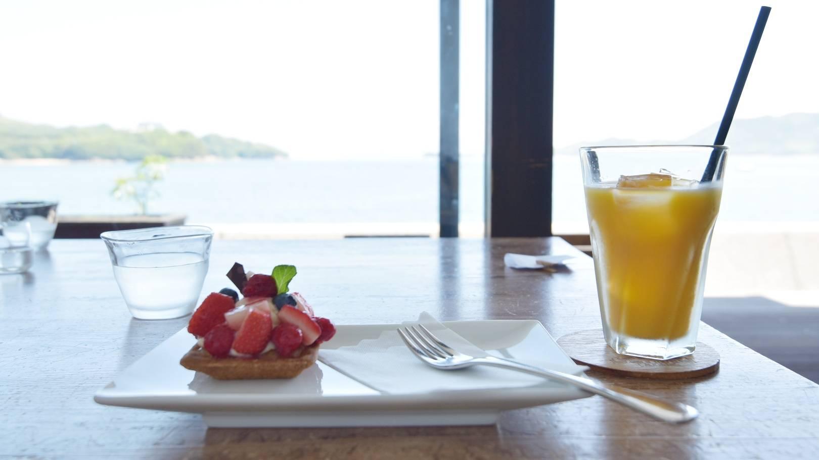 伯方島のカフェ【玉屋】オープンテラスはオーシャンビュー!しまなみ海道に癒されよう